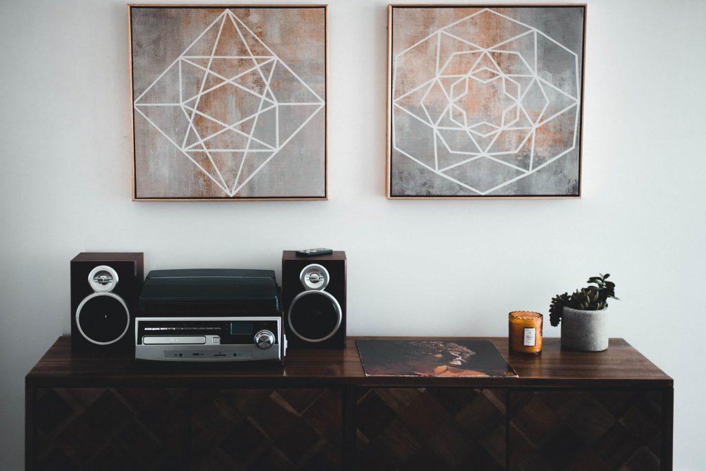 Inspiratie voor stijlvolle wanddecoratie u vrijetijdshuis