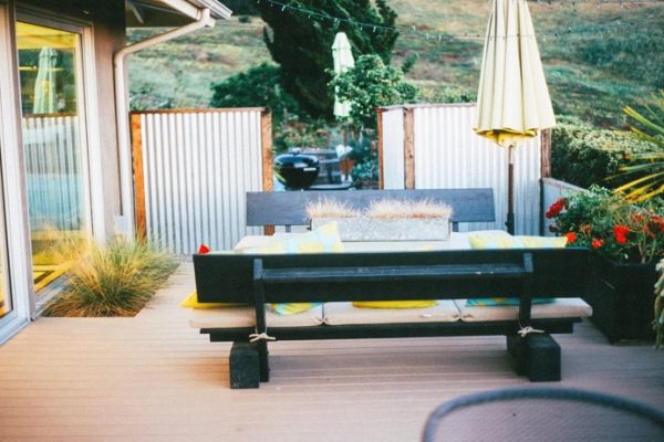 terras achtertuin maken