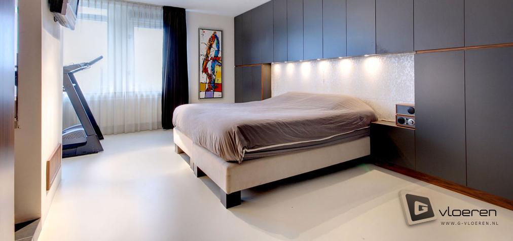 Hoe fijn het is om een gietvloer in je slaapkamer te hebben