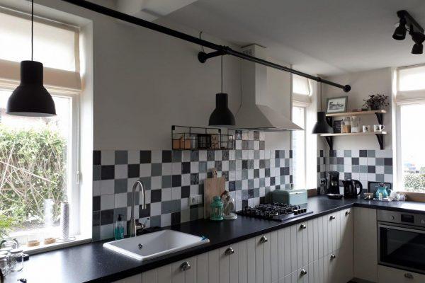 Geef je keuken een stoere uitstraling met steigerbuizen
