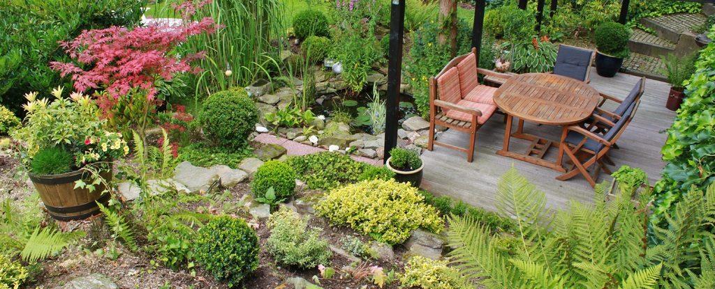 De kenmerken van teak tuinmeubels